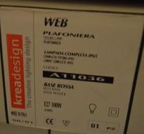 Taklampe / plafond fra KreaDesign, modell A11036 Web, rød base, TR IP NY I ESKE