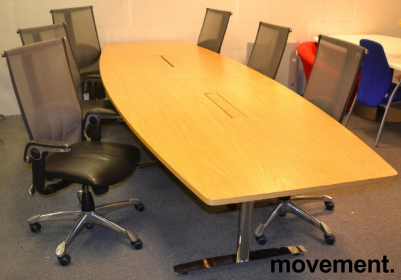 Møtebord fra Svenheim i eik / krom , 340x120cm, passer 10-12 personer, pent brukt bilde 2
