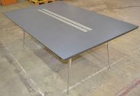 Møtebord i grått / krom, 180x120cm, passer 6-8personer, 73cm høyde, pent brukt