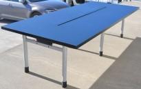 Møtebord i mørk blå / grålakkert metall, 280x120cm, passer 8-10 personer, brukt