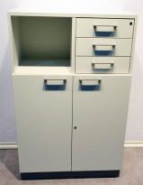 Martela Combo ringpermreol med dører og 3 skuffer i lys grå, 3H, 126 cm H, pent brukt KUPPVARE