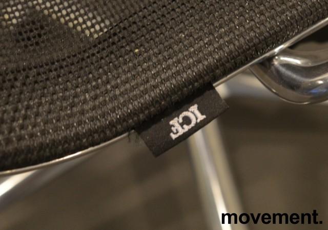Konferansestol i sort mesh  / polert aluminium fra ICF, UNA Chair, med hjul og sving, pent brukt bilde 3