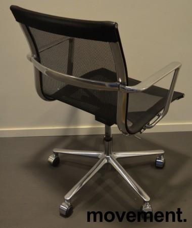 Konferansestol i sort mesh  / polert aluminium fra ICF, UNA Chair, med hjul og sving, pent brukt bilde 2
