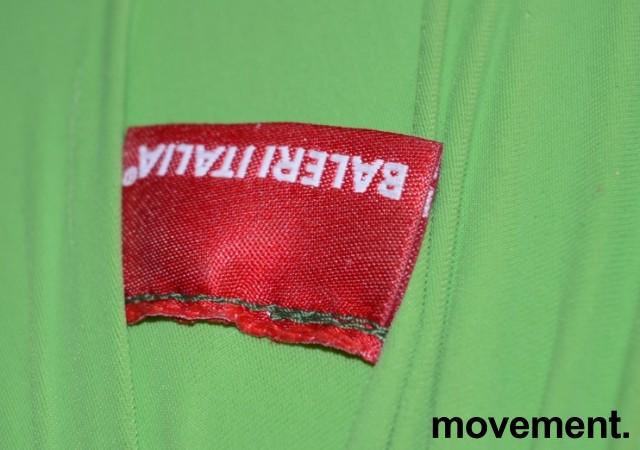 Morsom puff fra Baleri Italia, modell Tato i grønt stoff, pent brukt bilde 3