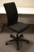 Håg H04 4600 kontorstol i sort, nytrukket, pent brukt