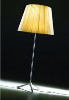 Stålampe, designlampe fra DAB, modell Royal Oversize Floor Lamp i stål/royal beige, pent brukt