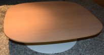 Lavt loungebord fra Fritz Hansen, PL501 by Piero Lissoni, bordplate i eikefiner, 90x90x25cm, pent brukt