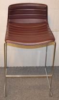 Arper Catifa barkrakk i lilla / aubergine skinn / krom, 77cm sittehøyde, pent brukt