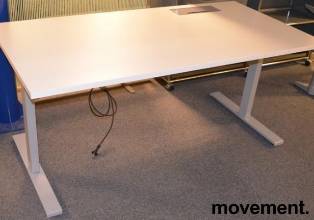 Skrivebord med elektrisk hevsenk fra Linak i hvitt / grått, 160x80cm med kabelluke og kabelbrønn, NY / UBRUKT bilde 1