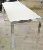 Møtebord / konferansebord / skrivebord fra Unifor i frostet hvitt glass / krom, 180x70cm, passer 6-8 personer, pent brukt