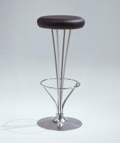 Barkrakk / barstol fra Fritz Hansen, Model 50650 i krom / sort skinn, Design: Piet Hein, pent brukt