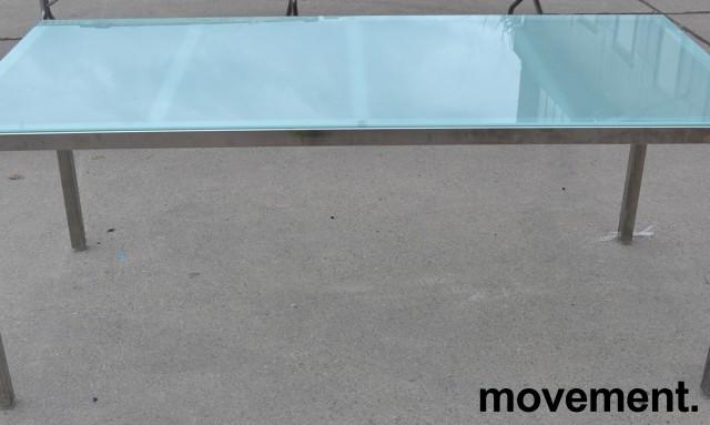 Møtebord / konferansebord / skrivebord fra IKEA i frostet glass / krom, 180x85cm, passer 6-8 personer, pent brukt bilde 2