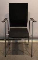 Konferansestol i sort /  stoffsete / grålakkert ben, Klaessons, brukt