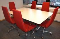ForaForm Colonnade møtebord i lyst grått / krom, 180x120cm, passer 6-8 personer, pent brukt
