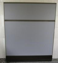Kinnarps Zonit skillevegg i grått stoff, 120x150cm, NYTRUKKET