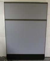 Kinnarps Zonit skillevegg i grått stoff, 80x150cm, NYTRUKKET