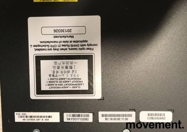 Cisco Catalyst WS-C3750X-24T-S, 24port 1units rackmount switch, pent brukt 2013-modell bilde 4