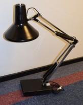 Vintage Luxo-lampe i sort og krom, med bordfot, trolig 70-tallet, pent brukt