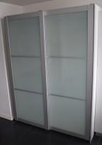 Ikea Pax garderobeløsning i hvitt, front i glass/alu, 150cm bredde, 60cm dybde, 201cm høyde, pent brukt