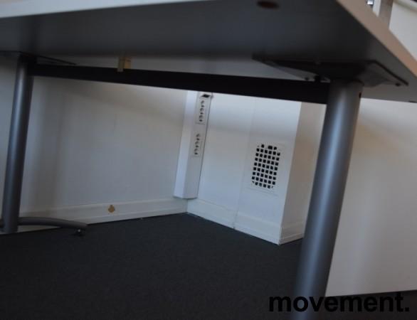 Skrivebord / kompakt møtebord / kantinebord fra EFG i lys grå, 140x80cm, pent brukt bilde 2