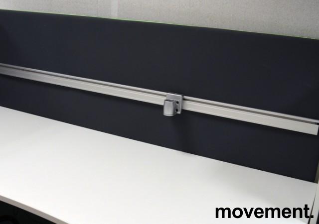 Bordskillevegg fra Götessons, ScreenIt A30, mørk grå med grønn glidelås, 180x80cm, pent brukt bilde 2