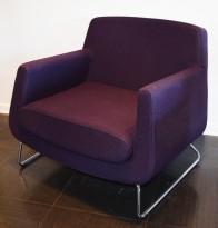 Loungestol fra Skandiform, modell Jefferson i lilla stoff, 92cm bredde, pent brukt