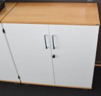 Kinnarps 2høyders ringpermreol i hvitt, eik topp-plate, 80cm bredde, 85,5cm høyde, pent brukt
