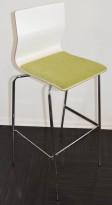 Barkrakk / barstol fra Materia, modell ADAM i hvitt med grønt sete, og krom understell, 78cm sh, pent brukt