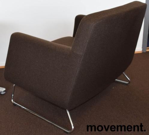 Loungestol fra Skandiform, modell Jefferson i brunt stoff, 92cm bredde, pent brukt bilde 3