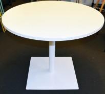 Rundt, rundt småbord / sidebord i hvitt, med hvitt understell, Ø=90cm, H=72cm, pent brukt