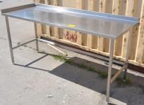 Arbeidsbenk i rustfritt stål, 190cm bredde, 70cm dybde, 89cm høyde, pent brukt