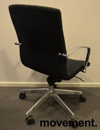 Konferansestol på hjul i sort / krom fra Vaghi, pent brukt bilde 2