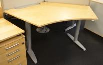 """Skrivebord med elektrisk hevsenk fra Kinnarps, T-serie, """"butterfly"""", 170x100cm, kan plasseres i gruppe, pent brukt"""