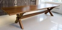 Massivt langbord / møtebord i heltre eik, Brubakken Home, Cross, 350x100cm, pent brukt