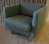 Loungestol / lenestol i grønt stoff fra Erik Jørgensen, pent brukt