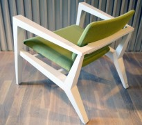 Lekker loungestol / lenestol i hvitt / grønt stoff fra Skandiform, Conica, pent brukt