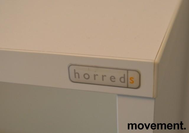 Skap / skjenk / medieskap fra Horreds med skyvedører i hvitt, 2 permhøyder, bredde 200cm, høyde 69cm, pent brukt bilde 5