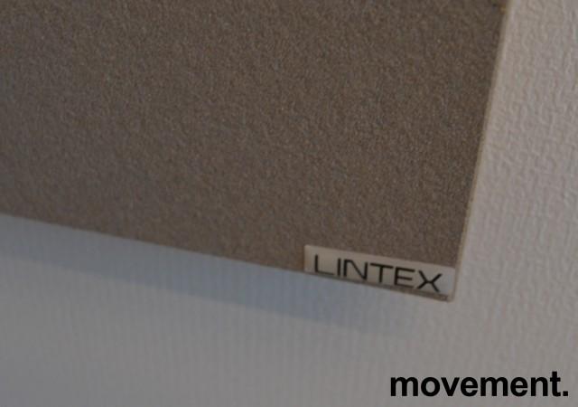 Oppslagstavle / korktavle i grått fra Lintex, frameless, 80x120cm, pent brukt bilde 2