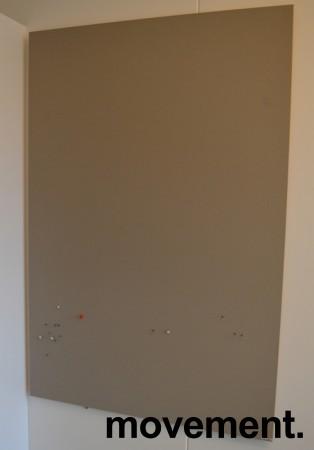 Oppslagstavle / korktavle i grått fra Lintex, frameless, 80x120cm, pent brukt bilde 1