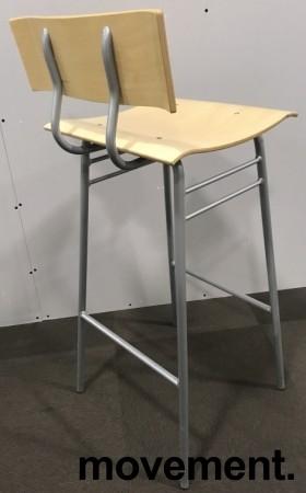 Barstol / barkrakk i bjerk / grålakkert understell, 78cm sittehøyde, bruksslitasje i seter bilde 2