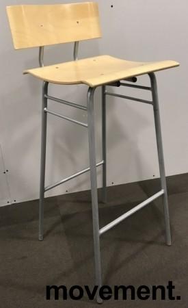 Barstol / barkrakk i bjerk / grålakkert understell, 78cm sittehøyde, bruksslitasje i seter bilde 1