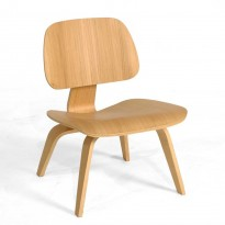 Vitra Plywood Lounge Chair LCW i formspent finer, ask, design: Charles & Ray Eames, pent brukt