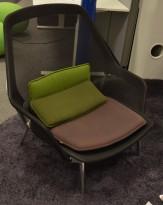 Slow Chair by Ronan & Erwan Bouroullec, sort mesh / brun sittepute, Vitra, pent brukt