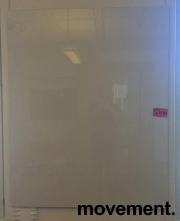 Vegghengt whiteboard i glass fra Lintex, 100x150cm, pent brukt