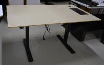 Skrivebord med elektrisk hevsenk fra Horreds, 140x90cm, gråbeige / sort, kabelluke, pent brukt