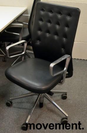 Konferansestol / kontorstol fra Vitra, modell ID Trim i sort skinn, strøken 2015-modell bilde 1