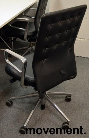 Konferansestol / kontorstol fra Vitra, modell ID Trim i sort skinn, strøken 2015-modell bilde 2