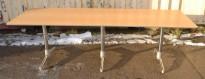 Møtebord / konferansebord / kantinebord fra ForaForm i bøk / krom, 240x80cm, brukt