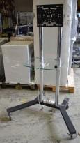 Unicol frittstående stativ på hjul til flatskjerm i sort / krom med hylle i glass, pent brukt