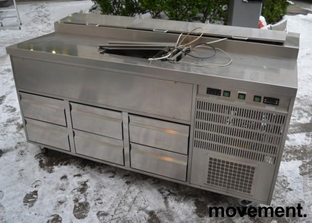 Kjølebenk med kjøleskuffer på hjul, arbeidsbenk i rustfritt, garnityrkjøler i platen, fin som pizzabenk, 187cm bredde, pent brukt bilde 1